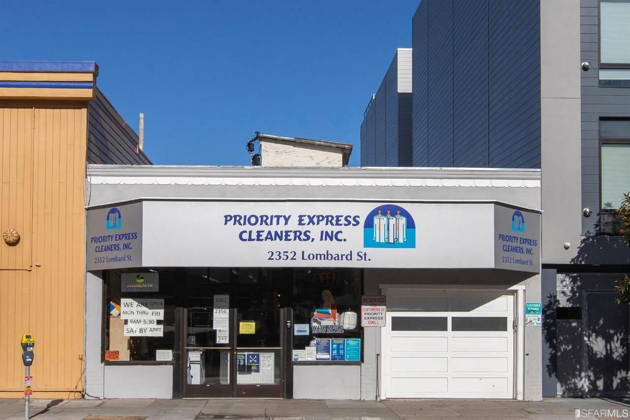 2352 Lombard Street - Photo 1