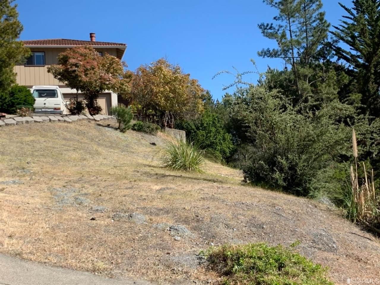 5 Kimberlin Heights Drive - Photo 1