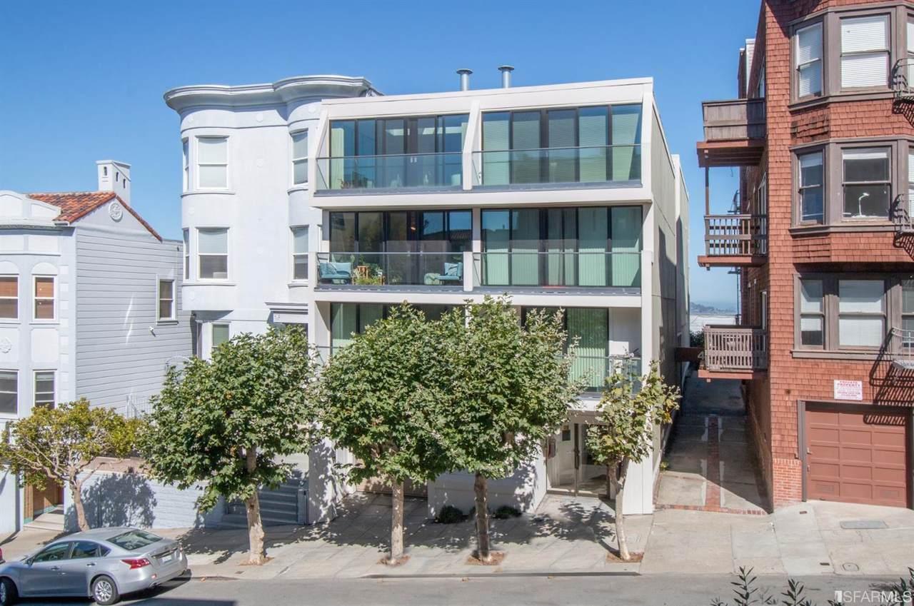 454 Lombard Street - Photo 1