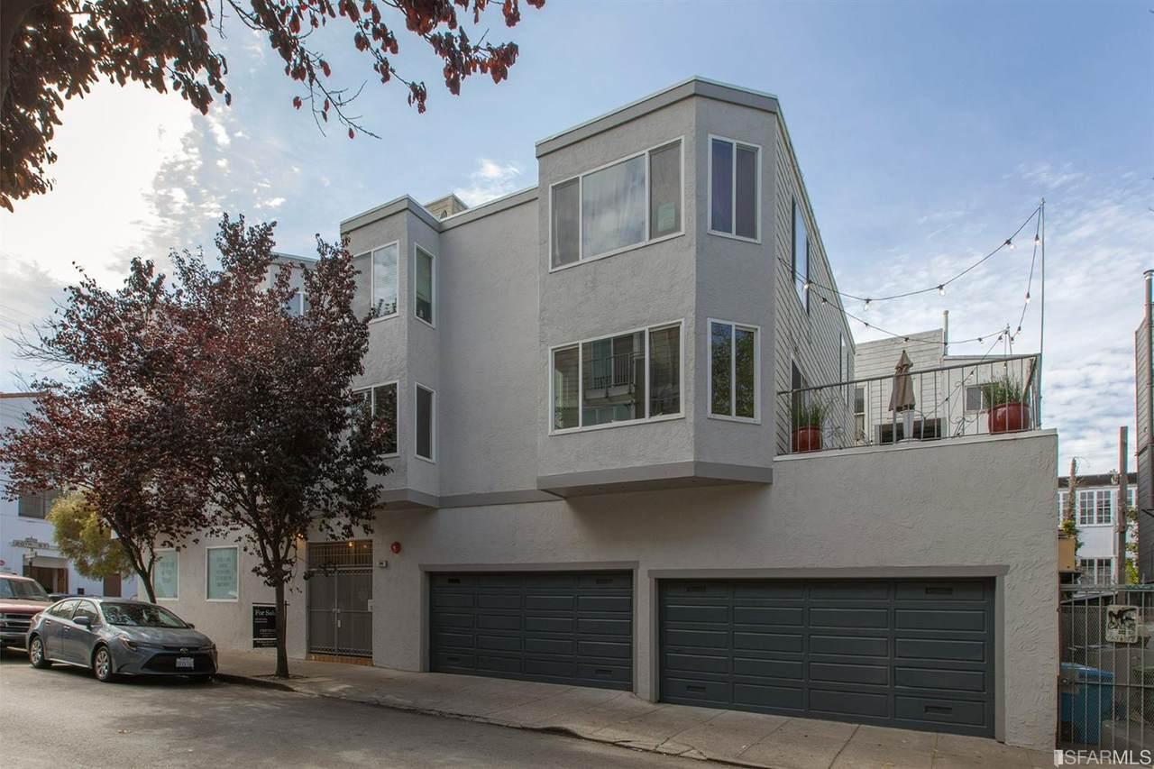 290 San Carlos Street - Photo 1