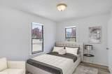 700 Oak Terrace - Photo 9