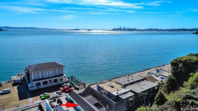 561 Bridgeway Boulevard, Sausalito, CA 94965 (MLS #470976) :: Keller Williams San Francisco