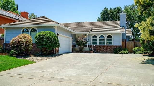 897 Granada Lane, Vacaville, CA 95688 (#502488) :: Corcoran Global Living