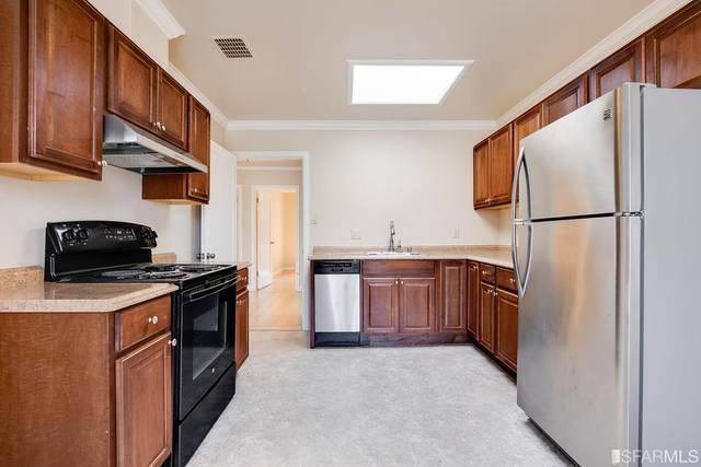 3407 N Alemany Boulevard, San Francisco, CA 94132 (#505716) :: Corcoran Global Living