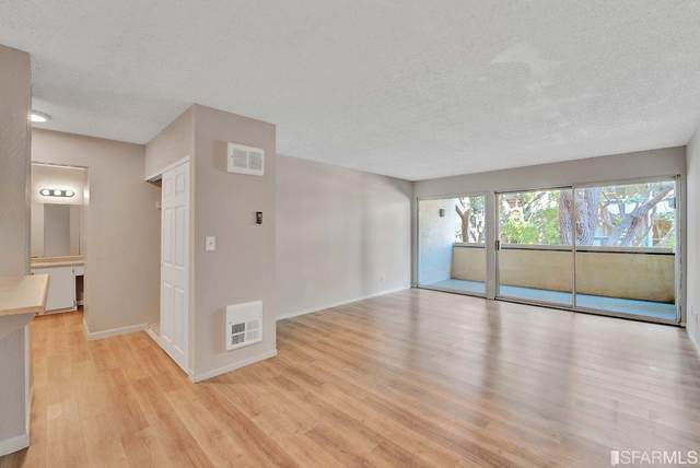 965 Shorepoint Court #100, Alameda, CA 94501 (#506958) :: Corcoran Global Living