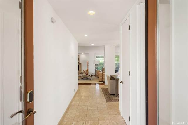 2624 Canyon South Drive, Palm Springs, CA 92264 (#507226) :: Corcoran Global Living