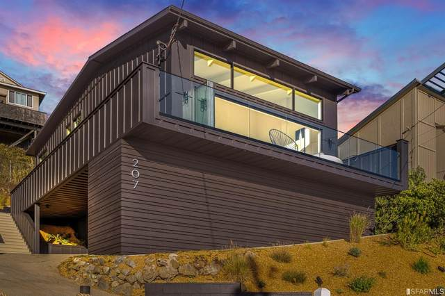 207 Beaumont Boulevard, Pacifica, CA 94044 (#508428) :: Corcoran Global Living