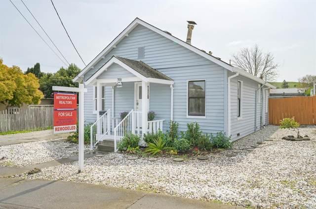 700 Oak Terrace, Petaluma, CA 94952 (MLS #321022399) :: Compass
