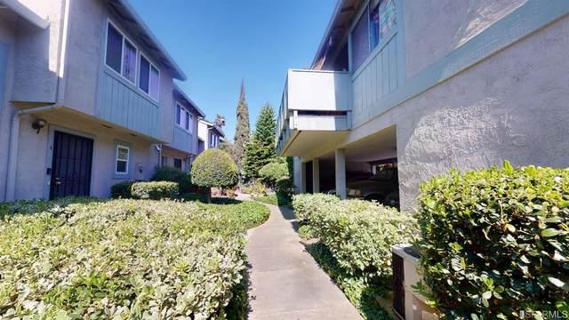 1220 Pine Creek Way #8, Concord, CA 94520 (#421539600) :: Corcoran Global Living