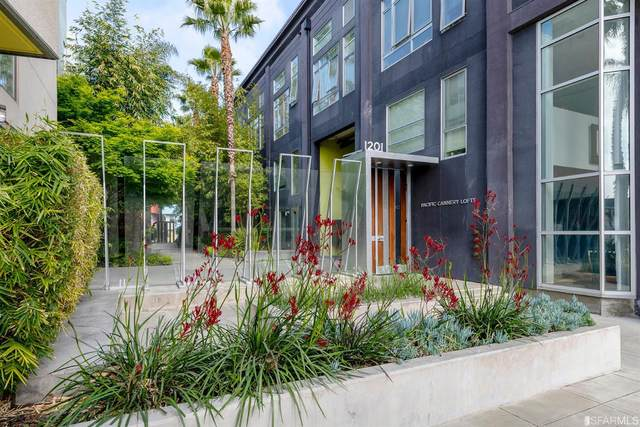 1201 Pine Street #322, Oakland, CA 94607 (#421544631) :: The Kulda Real Estate Group