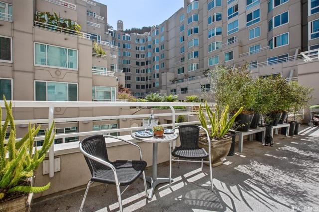 111 Chestnut Street #109, San Francisco, CA 94111 (#474195) :: Perisson Real Estate, Inc.