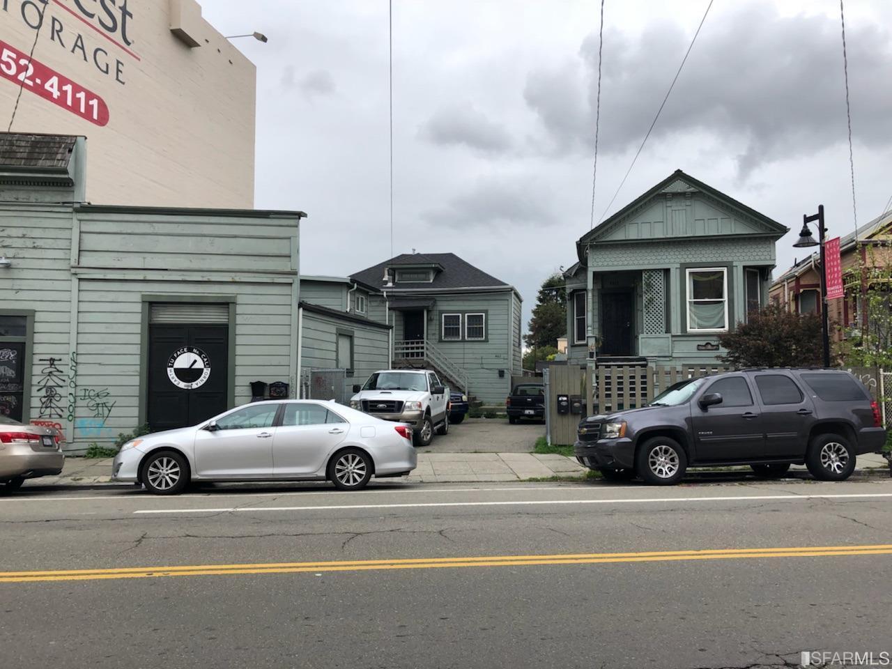 4611-4617 Shattuck Avenue - Photo 1