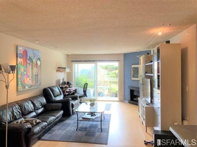397 Imperial Way #337, Daly City, CA 94015 (#484570) :: Maxreal Cupertino