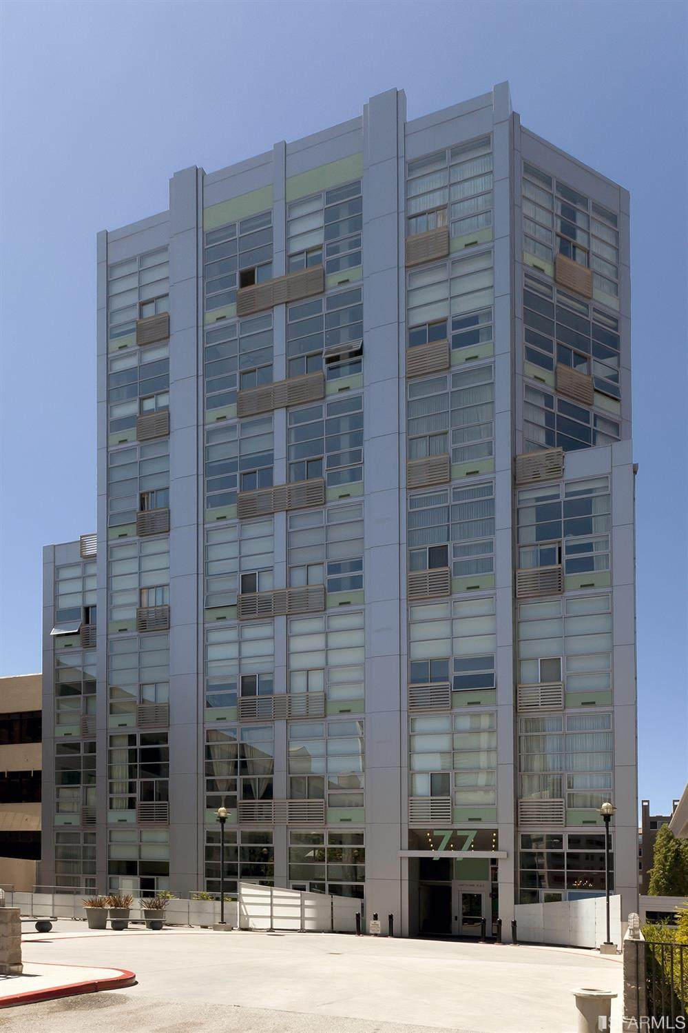 77 Dow Place - Photo 1