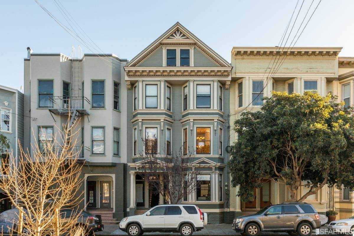 233 San Jose Avenue - Photo 1