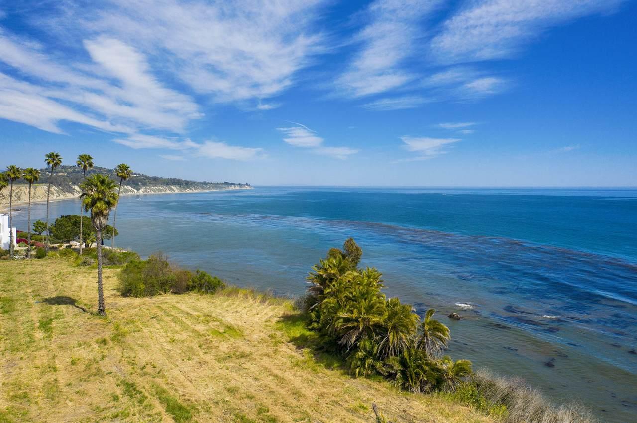 5295 Shoreline Dr - Photo 1