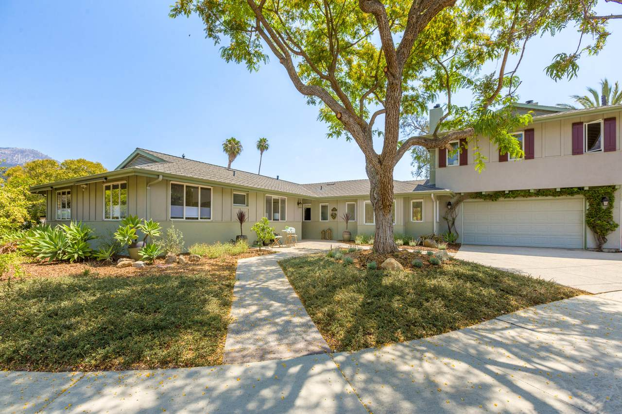 810 Fawn Pl - Photo 1