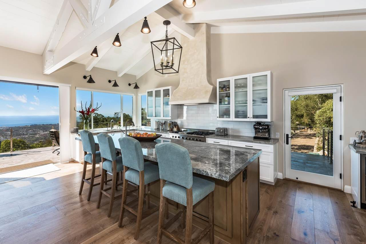 https://bt-photos.global.ssl.fastly.net/santabarbara/1280_boomver_1_21-578-2.jpg