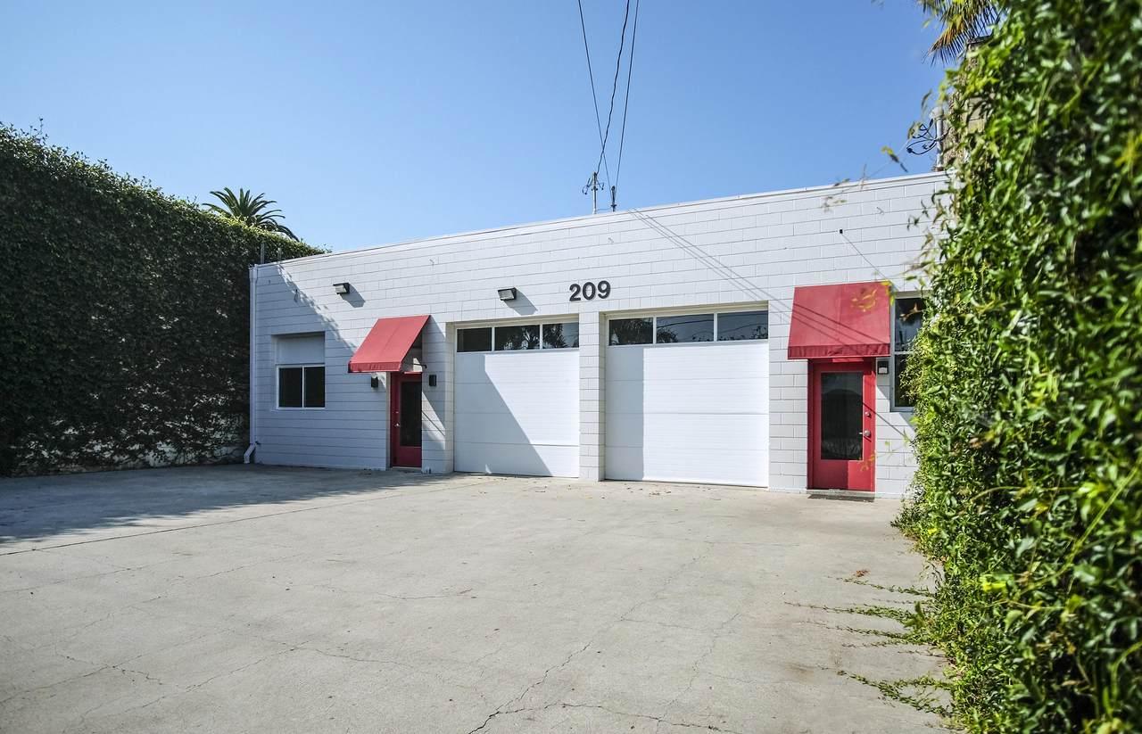209 Gray Ave - Photo 1