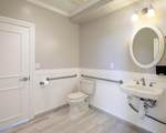 2420 Lillie Ave - Photo 6