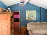 1255 Faraday St - Photo 22