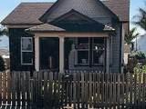 322 Walnut Ave - Photo 2