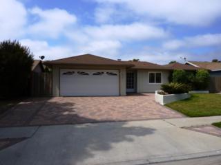 873 Albany Ave, Ventura, CA 93004 (MLS #17-1700) :: The Zia Group