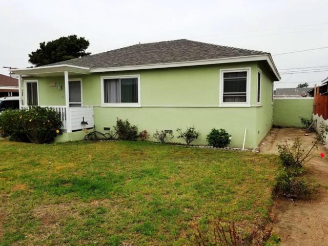 161 W Iris St, Oxnard, CA 93033 (MLS #17-3162) :: The Zia Group