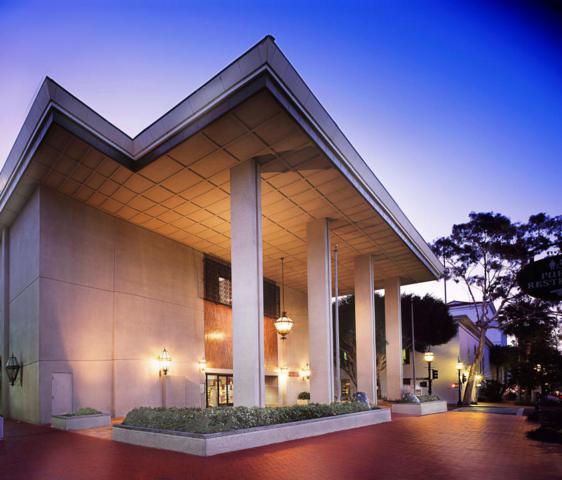 900 State St, Santa Barbara, CA 93101 (MLS #18-1402) :: The Zia Group