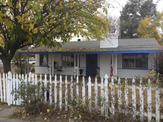 107 Drown Ave, Ojai, CA 93023 (MLS #18-142) :: The Zia Group