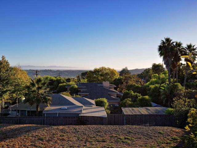 1021 Cheltenham Rd, Santa Barbara, CA 93105 (MLS #18-1747) :: Chris Gregoire & Chad Beuoy Real Estate