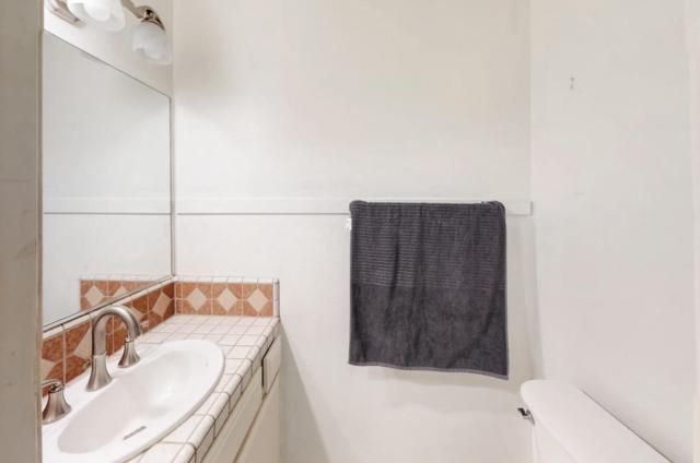1000 Bailard Ave E, Carpinteria, CA 93013 (MLS #18-2448) :: The Zia Group