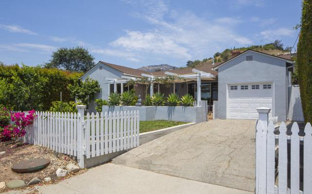 3056 Foothill Rd, Santa Barbara, CA 93105 (MLS #18-2686) :: The Zia Group
