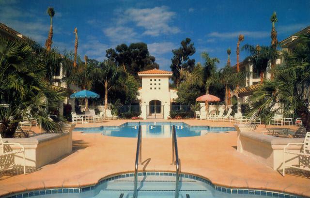 266 Por La Mar Cir, Santa Barbara, CA 93103 (MLS #18-2910) :: The Zia Group