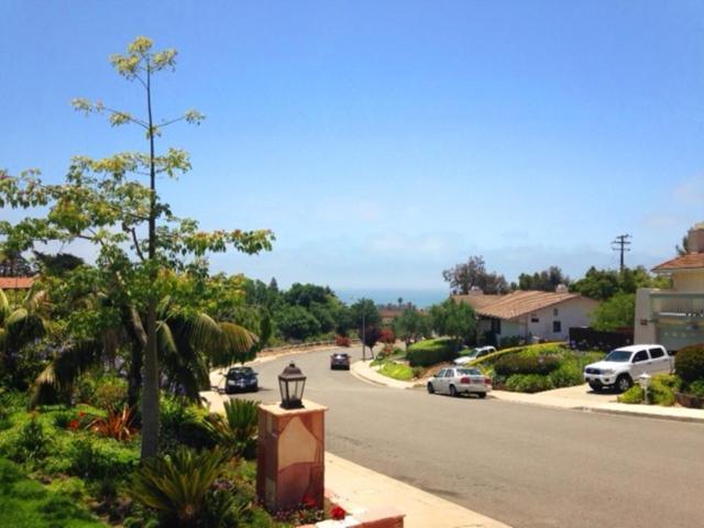 1678 Buena Vista St, Ventura, CA 93001 (MLS #18-3534) :: Chris Gregoire & Chad Beuoy Real Estate