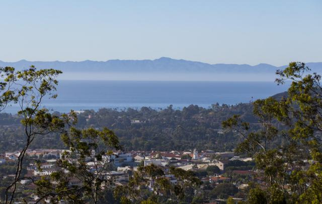 1527 Dover Rd, Santa Barbara, CA 93103 (MLS #18-3723) :: The Zia Group