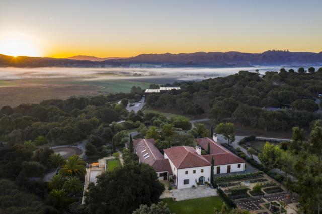 2075 W Vineyard View Ln, Lompoc, CA 93436 (MLS #18-3903) :: Chris Gregoire & Chad Beuoy Real Estate