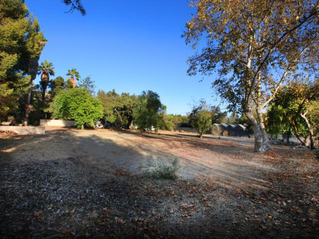 4330 Grand Ave, Ojai, CA 93023 (MLS #18-4044) :: Chris Gregoire & Chad Beuoy Real Estate