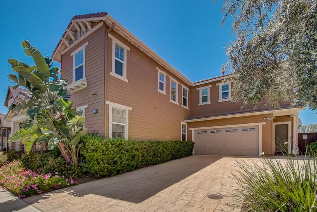 825 Periwinkle Ave, Ventura, CA 93004 (MLS #19-1257) :: The Zia Group