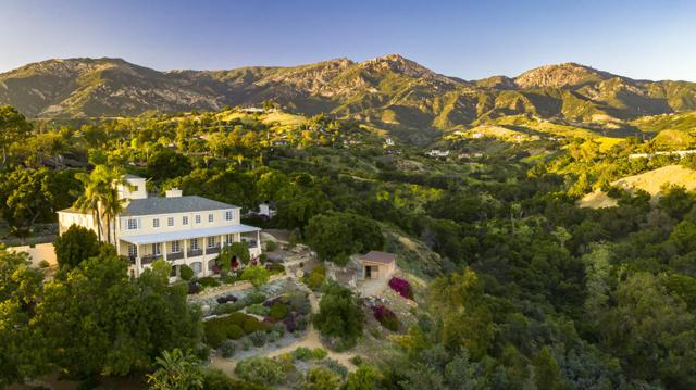 130 Canyon Acres Dr, Santa Barbara, CA 93105 (MLS #19-1867) :: The Zia Group
