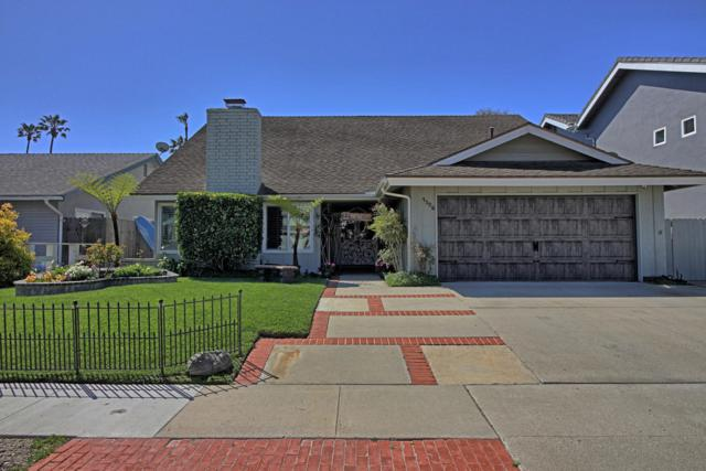 1326 Beachmont St, Ventura, CA 93001 (MLS #19-2210) :: The Zia Group