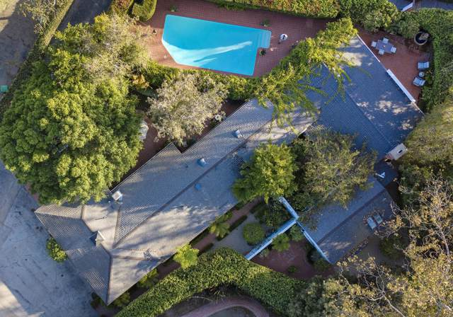 1511 E Valley Rd, Montecito, CA 93108 (MLS #19-2914) :: Chris Gregoire & Chad Beuoy Real Estate