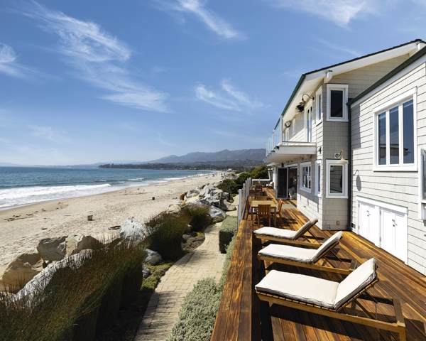 849 Sand Point Rd, Carpinteria, CA 93013 (MLS #19-2999) :: The Zia Group