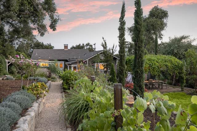 839 Mission Canyon Rd, Santa Barbara, CA 93105 (MLS #19-3246) :: The Zia Group