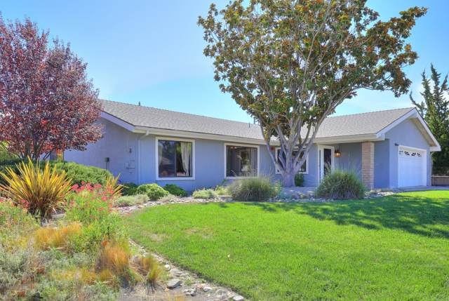 2168 Holly Ln, Solvang, CA 93463 (MLS #19-3250) :: The Zia Group