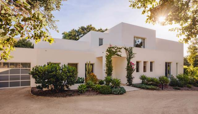 2110 Alisos Dr, Montecito, CA 93108 (MLS #19-3258) :: The Epstein Partners
