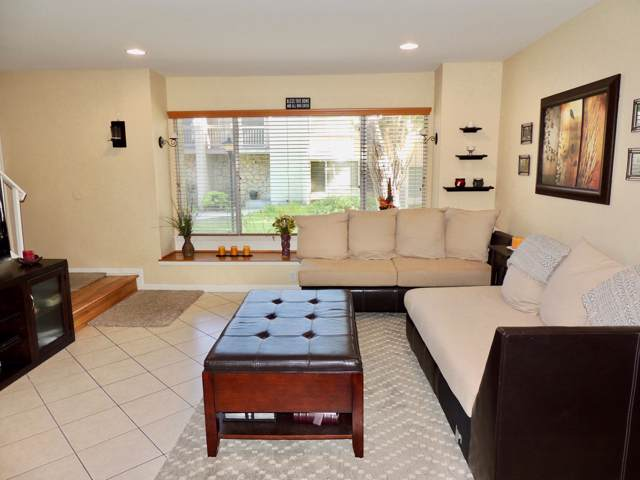 1367 Iguana Cir, Ventura, CA 93003 (MLS #19-3292) :: Chris Gregoire & Chad Beuoy Real Estate