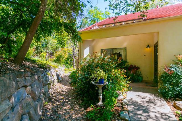 1014 Creekside Way C, Ojai, CA 93023 (MLS #20-1259) :: The Epstein Partners
