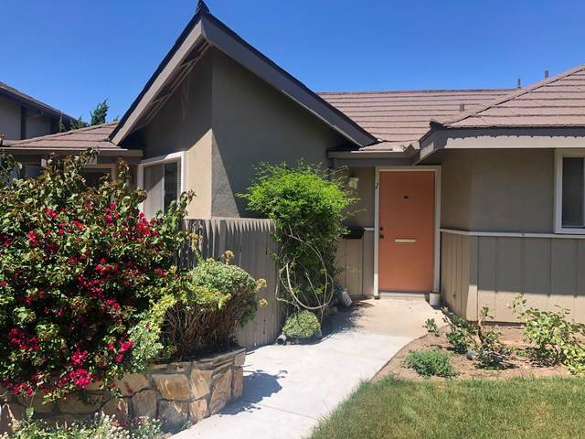 317 Moreton Bay Lane #1, Goleta, CA 93117 (MLS #20-1596) :: The Zia Group