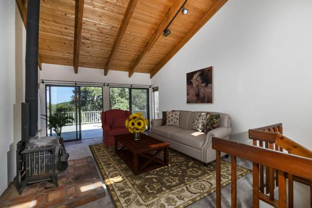 2776 Manzanita Rd, Santa Barbara, CA 93105 (MLS #20-1683) :: The Zia Group